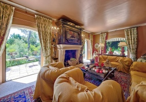 Mougins, 5 Bedrooms Bedrooms, ,Villa,For Sale,1012